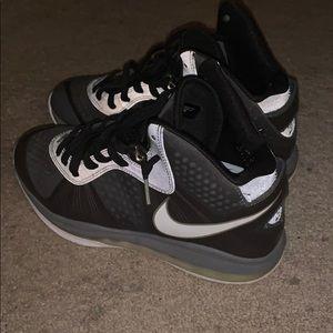 Lebron Cool Grey 8s Basketball Shoe